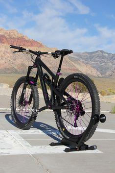 View Vital MTB member Oracle's mountain bike check 'Santa Cruz Nomad - Black and Purple'. Downhill Bike, Mtb Bike, Black Mountain Bike, Mountain Biking, Santa Cruz Nomad, Moutain Bike, Bolts And Washers, Bike Design, Ghost Rider