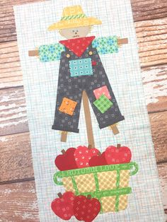 Bee In My Bonnet: Autumn Love Sew Along – Week Five – Scarecrow Block! Bee In My Bonnet: Autumn Love Sew Along – Week Five – Scarecrow Block! Quilt Block Patterns, Applique Patterns, Applique Quilts, Quilt Blocks, Farm Animal Quilt, Farm Quilt, Fall Sewing, Love Sewing, Small Quilts