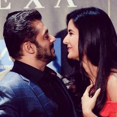 IIFA 2017: Salman Khan kisses Katrina Kaif and sings Happy Birthday to her