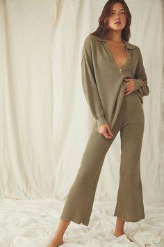 Loungewear Outfits, Loungewear Set, Sweater Set, Sweater And Shorts, Lounge Outfit, Lounge Wear, Flare Pants, Comfortable Outfits, Stylish Outfits