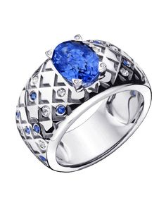 Salomé ring by Mauboussin, in white gold with Ceylon sapphire and paved diamonds and sapphires.