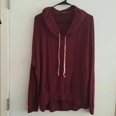 Brandy Melville Maroon Sweatshirt Excellent condition Brandy Melville Sweaters