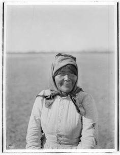 Chemehuevi woman - circa 1900