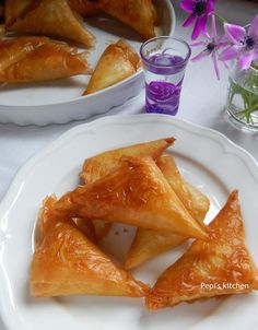 Delicious greek cheese pies with creamy filling made in Pepi's kitchen! Greek Recipes, My Recipes, Cooking Recipes, Cooking Food, Greek Appetizers, Greek Cheese, Happy Foods, No Cook Meals, Food Processor Recipes