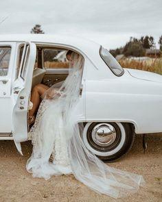 Wedding Shoot, Wedding Couples, Dream Wedding, Wedding Decor, Wedding Veils, Wedding Ideas, Romantic Wedding Photos, Romantic Weddings, Wedding Photography Poses