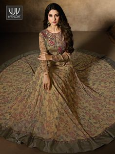 Look stylish with Jennifer Winget Green Color Designer Anarkali Suit and with a wide range of silk, cotton, satin, linen anarkali punjabi salwar suits Order Frock Suit Anarkali, Costumes Anarkali, Lehenga Saree, Jennifer Winget, Designer Anarkali, Indian Gowns Dresses, Indian Outfits, Frocks And Gowns, Heavy Dresses