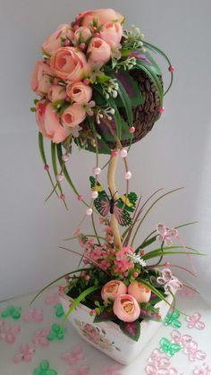 Кофейный топиарий и розовые розы