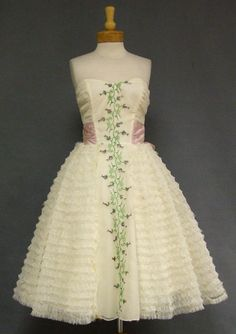 Ruffled Chiffon Strapless 1960s Prom Dress w/ Floral Embroidery