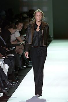 Tommy Hilfiger Fall 2000 Ready-to-Wear Collection Photos - Vogue