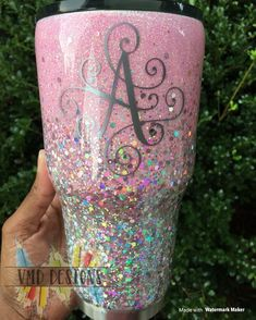 """Straight Tumbler """"All Who Wander are not Lost. Vinyl Tumblers, Acrylic Tumblers, Custom Tumblers, Glitter Tumblers, Personalized Tumblers, Glitter Azul, Glitter Cups, Monogram Cups, Monogram Tumblers"""