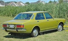 1972 Toyota Corona, mine was alo different colors
