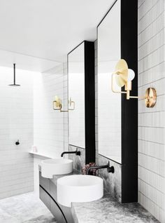Dreaming of an extra or designer bathroom? We have gathered together lots of gorgeous bathroom ideas for small or large budgets, including baths, showers, sinks and basins, plus master bathroom decor some ideas. Bathroom Layout, Bathroom Interior Design, Home Interior, Small Bathroom, Bathroom Ideas, Bathroom Organization, Bathroom Designs, Minimal Bathroom, Bathroom Storage