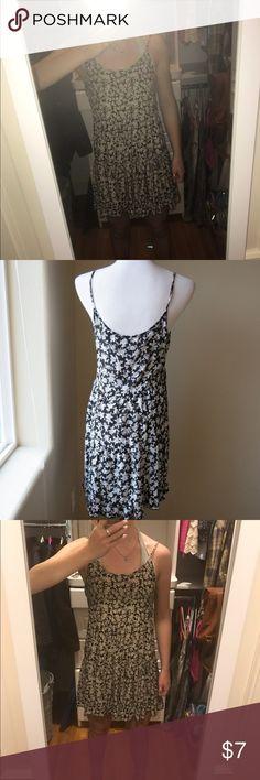 Miss daisy b&w floral sun dress Miss daisy b&w floral sun dress Miss Daisy Dresses