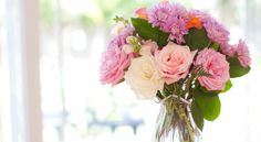 9 Ways to Make Cheap Flowers Look Expensive