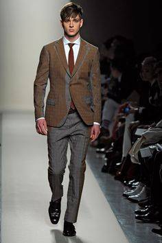 Bottega Veneta Fall 2012,  Rusted Gray Suit- great jacket detail! Just awesome!