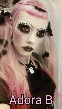 God i love this woman. Adora Batbrat is one of my all time favourite models <3