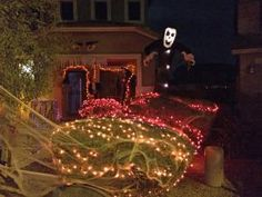 Things That Go Bump in the Night: Halloween in Phoenix: Mysterious Mansion Mayhem
