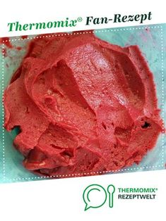 Himbeereis Raspberry ice cream by A Thermomix ® recipe from the Desserts category www.de, the Thermomix® Community. Raspberry Ice Cream, Raspberry Desserts, Pudding Desserts, Easy Desserts, Dessert Recipes, Dessert Blog, Homemade Baby Foods, Homemade Ice, Baby Food Recipes