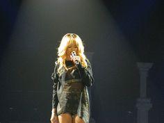 DWT BCN Rihanna, Concert, Tops, Women, Fashion, Moda, Fashion Styles, Concerts, Fashion Illustrations