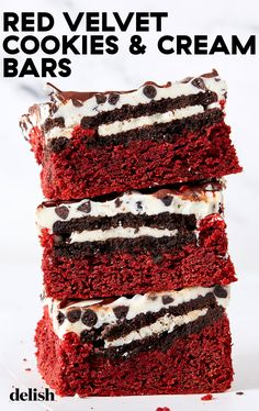 For the cookies & cream lovers in your life, these bars are the ultimate. #easy #recipe #howtomake Great Desserts, Holiday Desserts, Delicious Desserts, Dessert Recipes, Bar Recipes, Dessert Ideas, Fun Baking Recipes, Sweet Recipes, Red Velvet Cookies