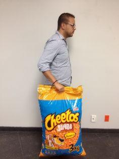 Bolsa de Cheetos de tres kilos