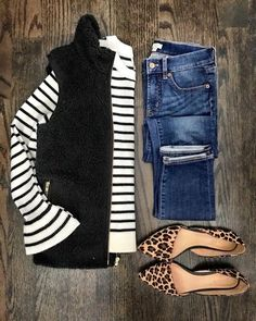 striped shirt with leopard flats | Spring outfit