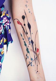 """Bildband """"Forever - The New Tattoo"""": Tätowierungen schockieren heutzutage kaum noch"""