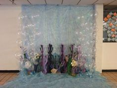 """Underwater photo area with balloon """"bubbles""""- Balloons Galore & Gifts"""