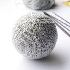 Christmas ball ornament knitting pattern