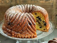 Saftig og kjempegod kake med Oreo og karamell - Franciskas Vakre Verden Cupcakes, Oreos, Grill Pan, Grilling, Muffin, Baking, Breakfast, Food, Caramel