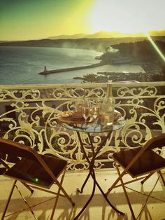 Apéritif time French Riviera Style, South Of France, Monuments, Cities, Villa, Bar, Nice, Places, Beauty