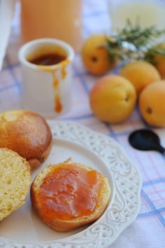 Apricot and rosemary marmelade
