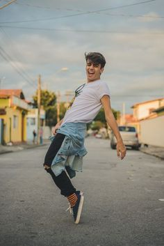 alex-cursino-rafaella-santiago-matheus-komatsu-shooting-editorial-de-moda-influencer-youtuber-blogueiro-de-moda-dicas-de-moda-como-ser-estiloso-anos-90-roupa-masculina-vogue-11
