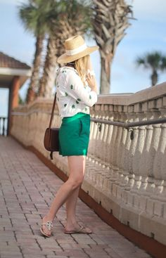 Summer outfit ideas, Tory Burch miller sandals, palm print, straw hat outfit, beach outfit ideas.