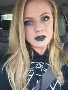 Metal concert?! Any excuse to wear Stone Fox. FOTD CCW #makeup #beauty