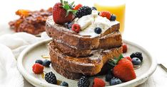 Take your breakfast to the next level with this homemade brioche French toast recipe that uses an easy to make cinnamon and sugar batter. Best Brioche French Toast Recipe, Best French Toast, Recipes With Whipping Cream, Cream Recipes, Homemade Brioche, Hoe Cakes, Brioche Bread, Piece Of Bread, How To Make Bread