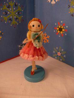 Adorable Rare Vintage Christmas Musical Small Chenille Cloth Pose Doll Japan