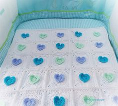All HEART Crochet Blanket Pattern by KerryJayneDesigns Loving the Blues and turquoise hues!