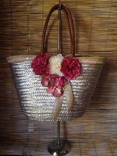 Your place to buy and sell all things handmade My Bags, Purses And Bags, Fundraising Crafts, Hessian Bags, Beach Basket, Messenger Bag Backpack, Diy Sac, Art Bag, Creation Couture