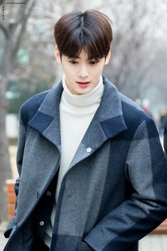 Cha Eun Woo, Korean Men Hairstyle, Cha Eunwoo Astro, Ideal Boyfriend, Lee Dong Min, Park Jinyoung, Boy Celebrities, Cute Korean Boys, Cute Actors