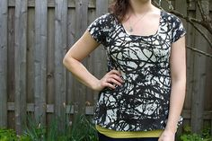 been looking for just this shape pattern--now if it only had buttons down the back... ~~~ scoop top pattern & tutorial skirtastop.com