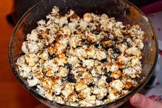 Little Miss Lifestyle UK Beauty and Lifestyle Blog: Recipe: Caramel Oreo Popcorn