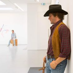 """Last chance to see Duane Hanson at the Serpentine Sackler Gallery – the exhibition closes on Sunday 13 September. """"Fluctuating between bleak and captivating, Hanson's creations will certainly make you think twice next time you choose to look the other way."""" Time Out  Duane Hanson, 'Cowboy', 1984/1995 Installation View Image © @luke___hayes  #DuaneHanson"""