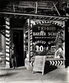 Tri-boro Barber School, 264 Bowery, Manhattan.  Berenice Abbott, vintage NYC photo, October 24, 1935.