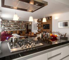 Aconchego na cidade grande. Veja mais: http://casadevalentina.com.br/projetos/detalhes/um-endereco-a-mais-553  #details #interior #design #decoracao #detalhes #decor #home #casa #design #idea #ideia #charm #charme #casadevalentina #kitchen #cozinha