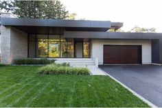 Architecture house - The 'Marguerite Lane' House of 'Bryan Inc ' is Revealed Modern House Facades, Modern Architecture House, Chinese Architecture, Futuristic Architecture, Modern Houses, Luxury Houses, Contemporary House Plans, Modern House Plans, House Front Design