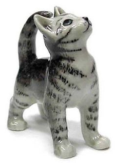 ➸ NORTHERN ROSE Miniature Figurine Grey Tiger Cat