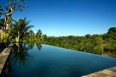 Alam Ubud Culture Villas, BaliMet grote zwembaden, een bar en loungestoelen in de zon vind je hier alles wat je nodig hebt.