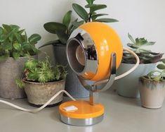 Etsy :: Jouw platform voor het kopen en verkopen van handgemaakte items Space Age, Flower Power, In Ear Headphones, Etsy, Design, Over Ear Headphones