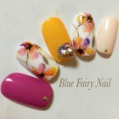 Beautiful combination of nail colors